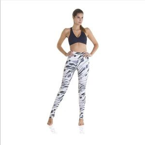 Yoga leggings zebra stripe size small